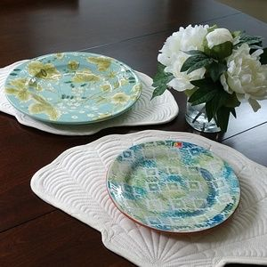 Other - 4pc Bundle 2 Shell Quilt Placemats 2 Serving Plate